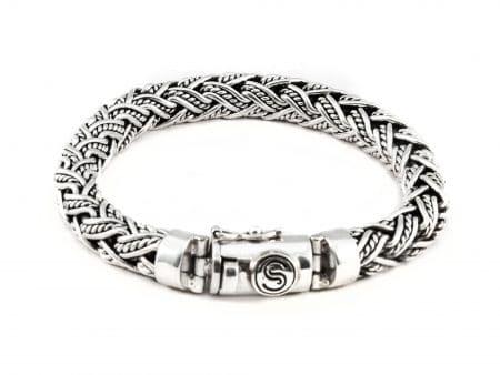 Segoya Gili Small hoog zilvergehalte armband, handgemaakt in Bali.