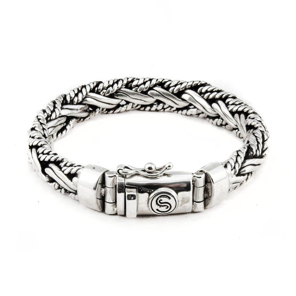Segoya Gili Big hoog zilvergehalte armband, handgemaakt in Bali.