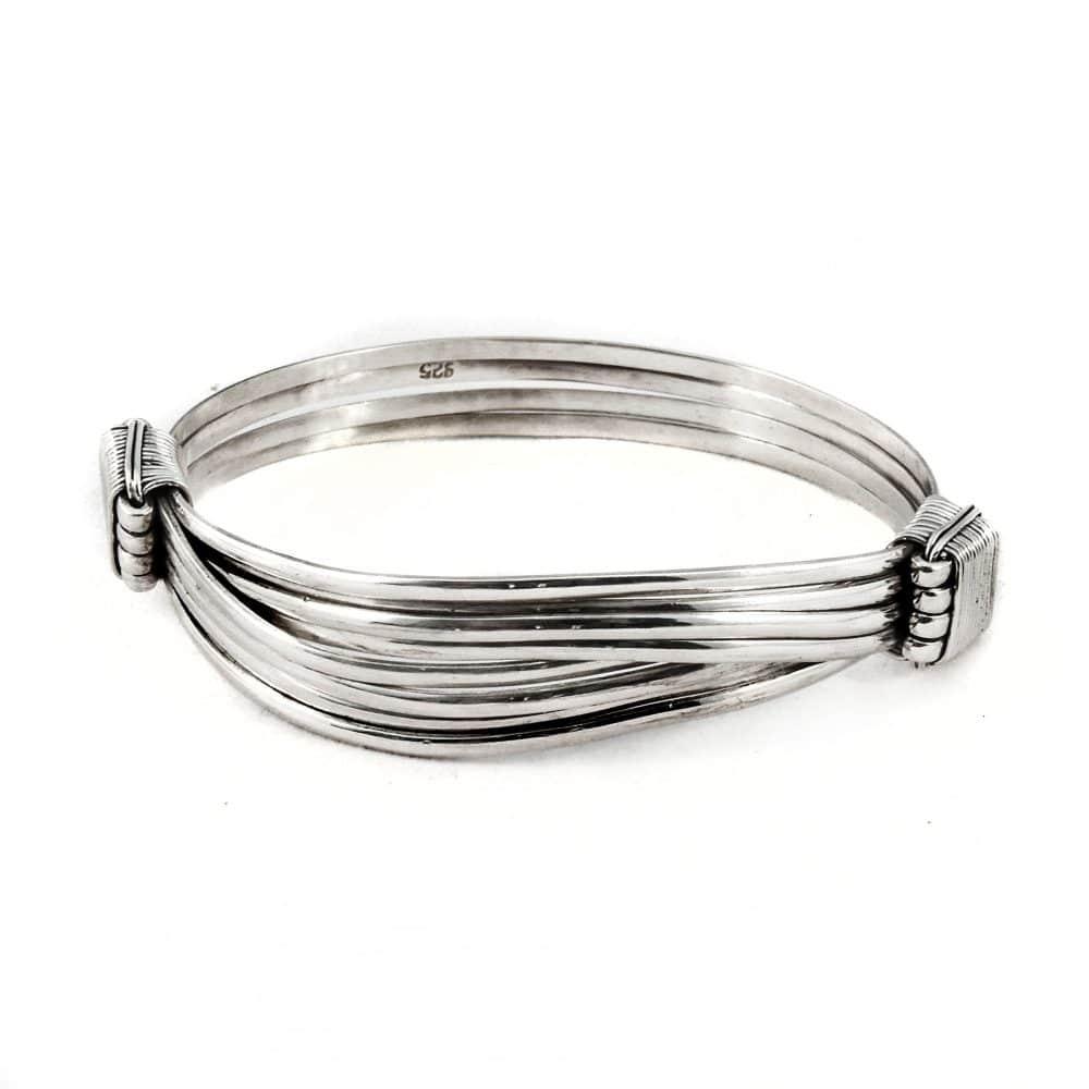 Segoya Obi hoog zilvergehalte armband, handgemaakt in Bali.
