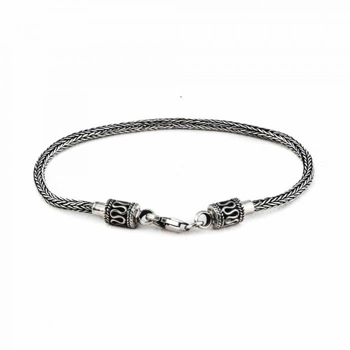 Segoya Siyau hoog zilvergehalte armband, handgemaakt in Bali.