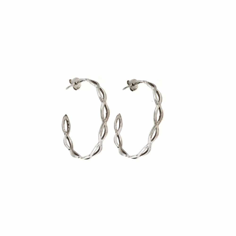 Segoya Solor hoog gehalte zilver oorbellen, handgemaakt in Bali.